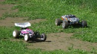 Hot Bodies Cyclone D4 vs. Traxxas Rustler